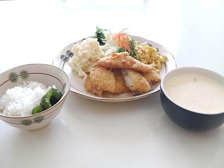洋定食(魚フライ)