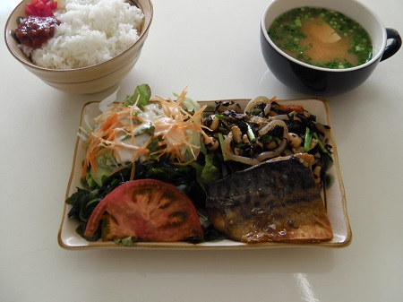 和定食(サバの味噌煮)