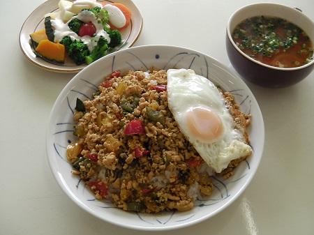 ガパオライス(タイ料理)