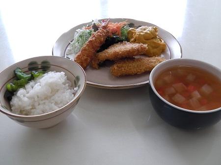 洋定食(エビ・白身魚フライ)