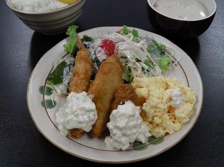 洋定食(ミックスフライ)