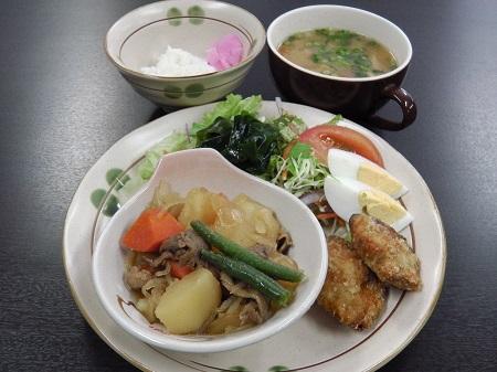 和定食(肉じゃが)