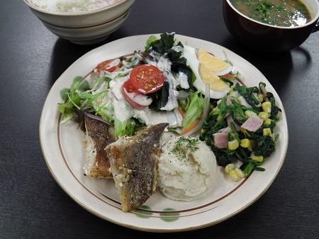 白身魚バジルソテー