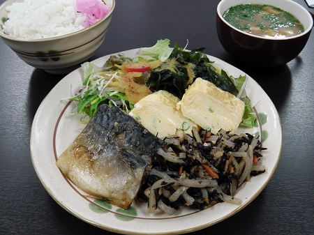 和定食(鯖の味噌煮)